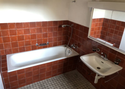 Badezimmer Wohnung EG