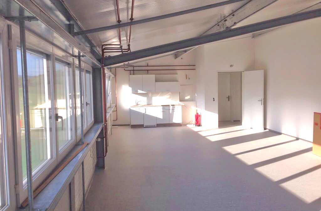 Büro/Atelier/Gewerbe 70m2, Weggis